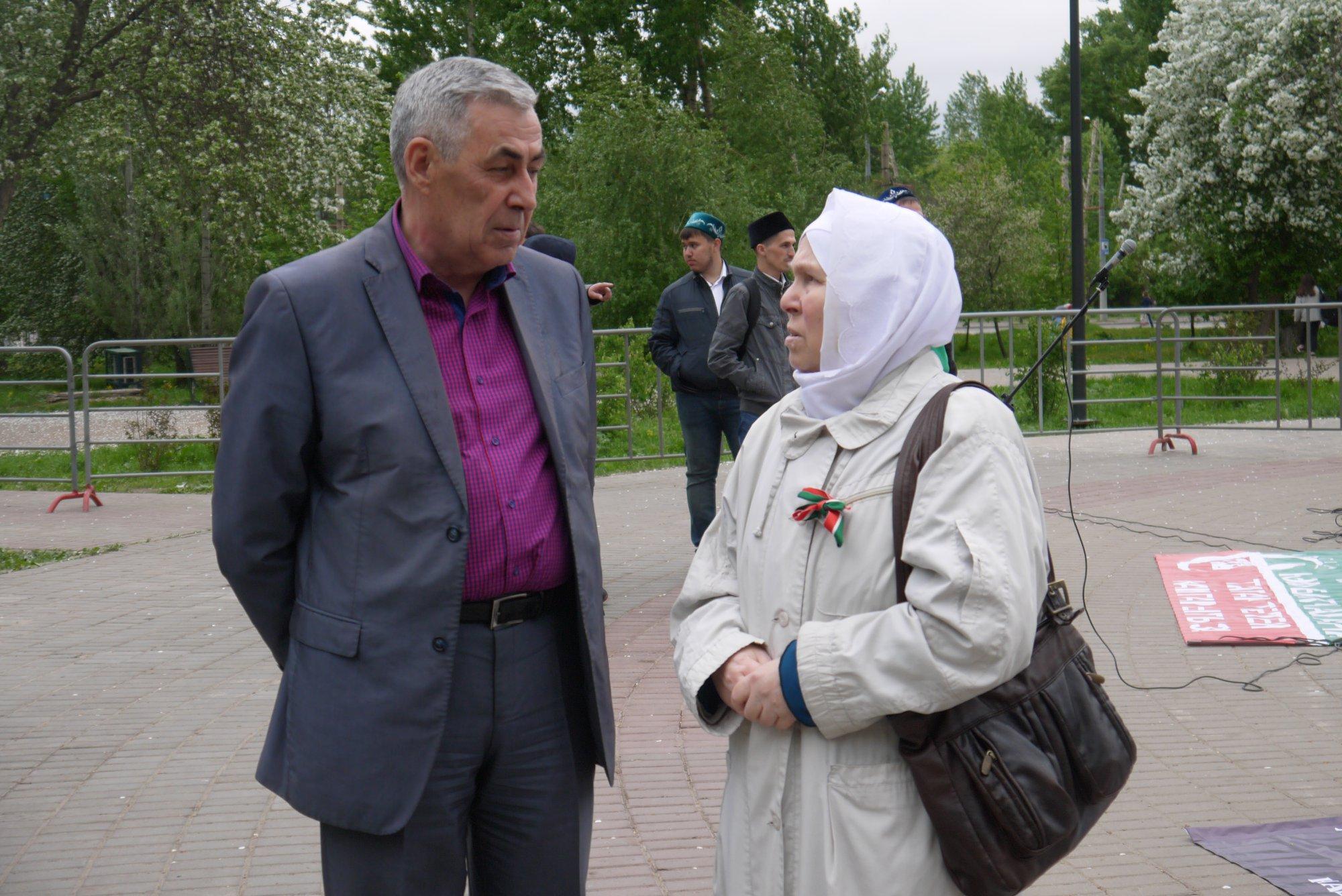 Вахит Имамов һәм Фәүзия Бәйрәмов