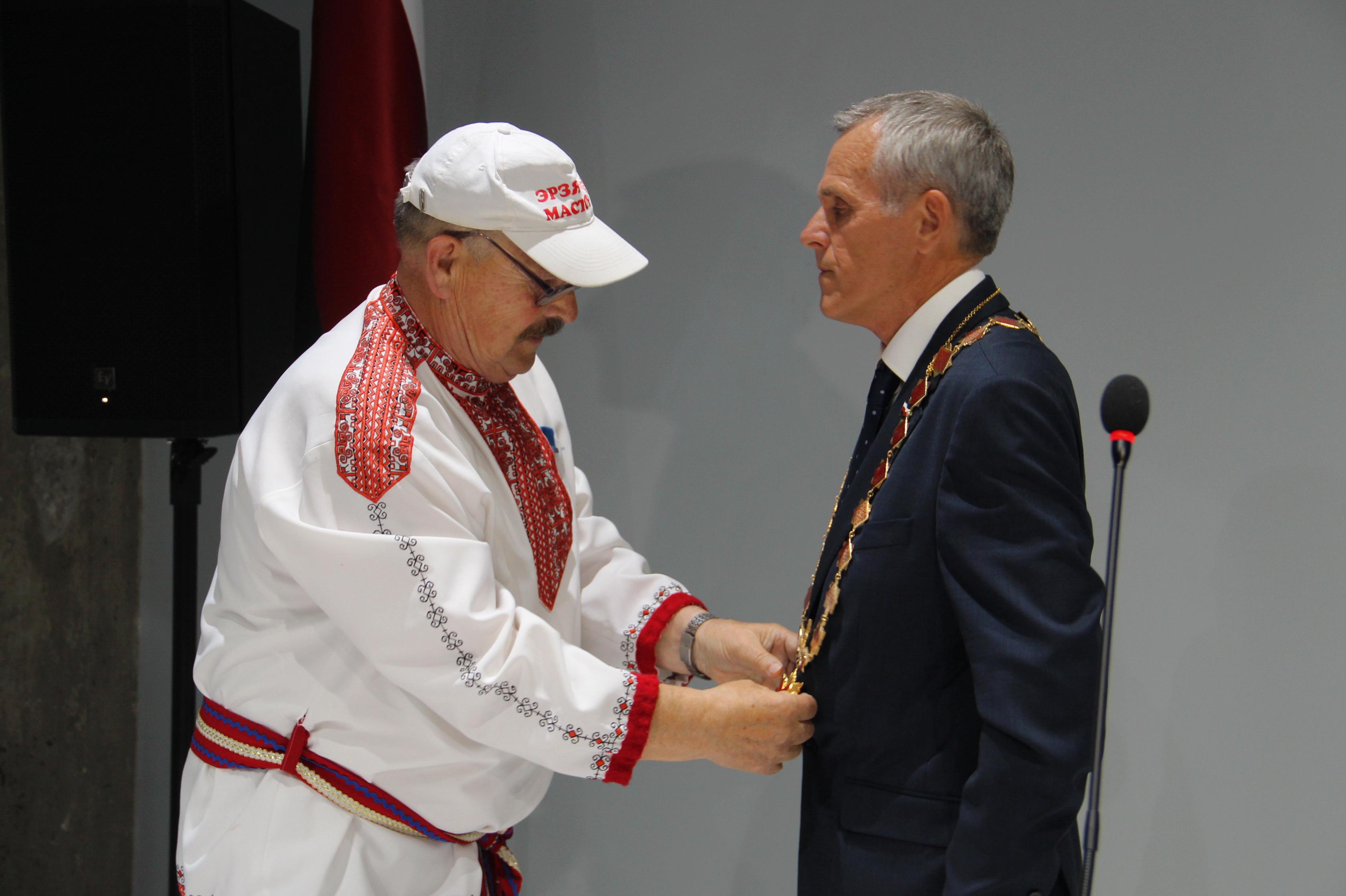 Церемония инаугурации Инязора Сыреся Боляень